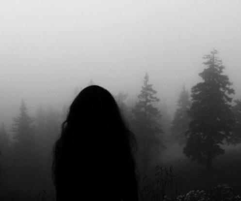 black-and-white-depressed-girl-hair-lonely-Favim.com-115553